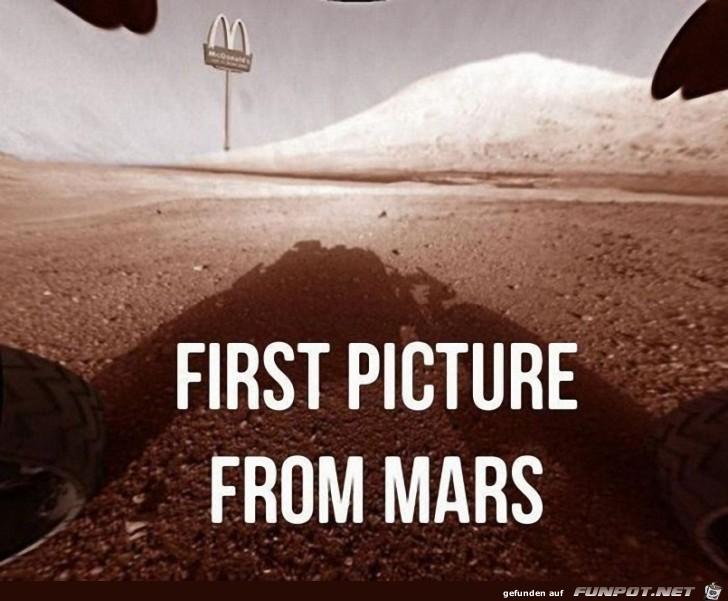 erstes Bild vom Mars!