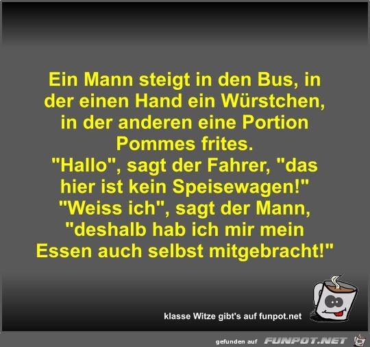 Ein Mann steigt in den Bus