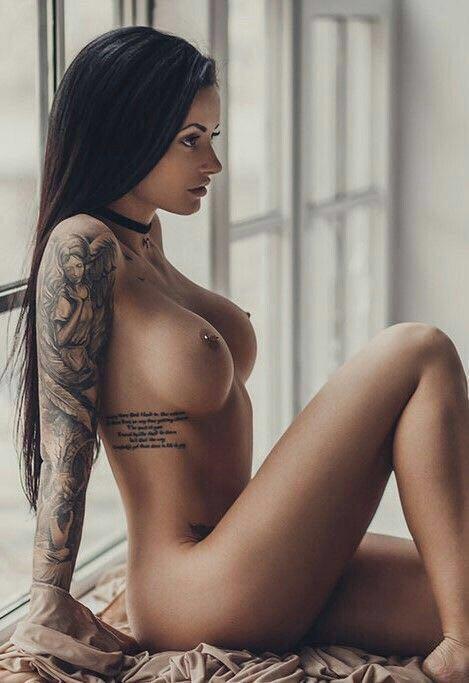Nacktbilder erotische Private Nacktfotos
