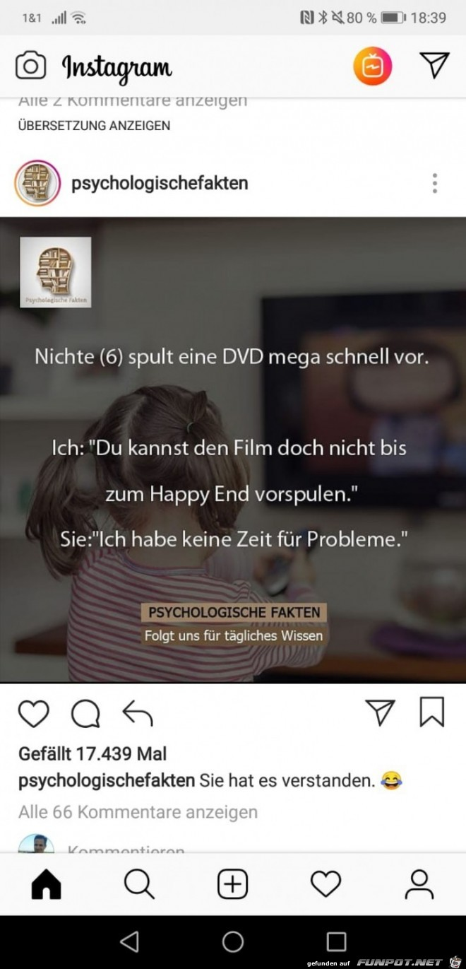 Nichte schaut DVD