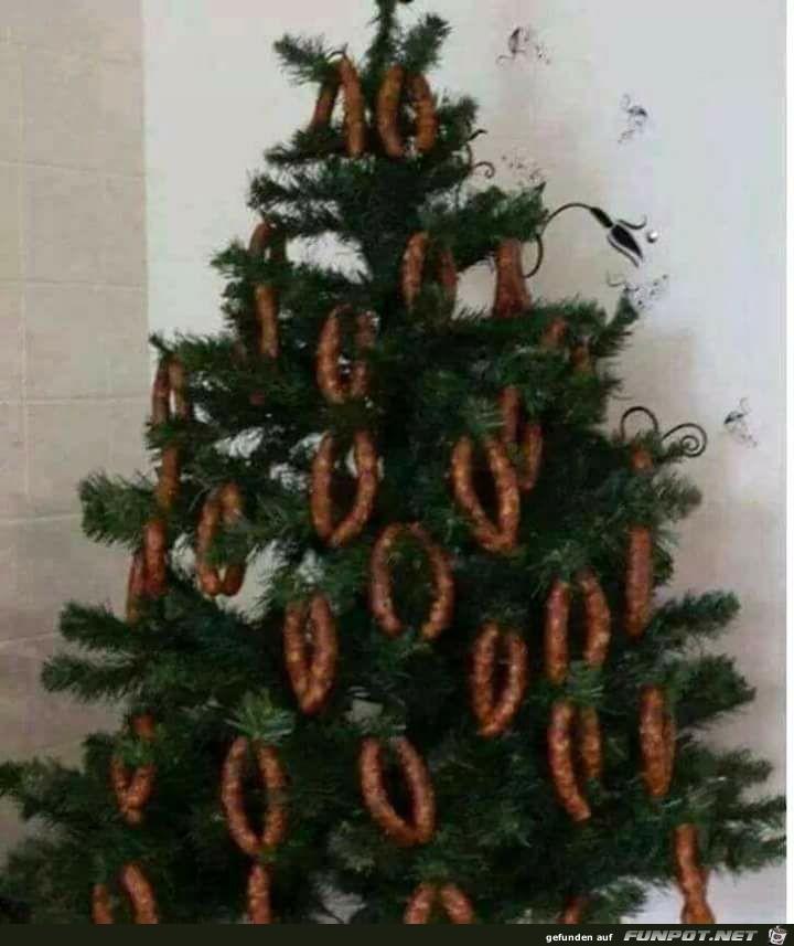 Weihnachtsbaum ist fast fertig