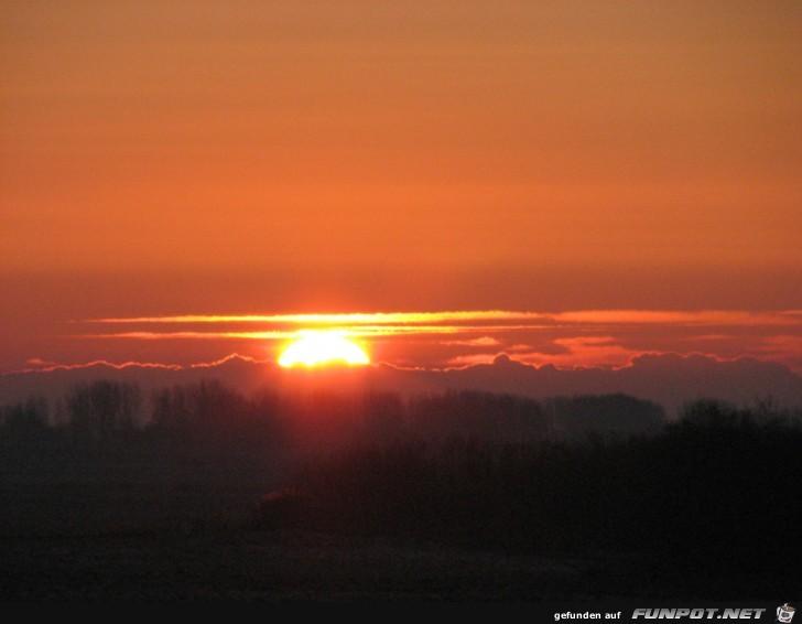 Sonnenuntergang in Kollmar an der Elbe 1