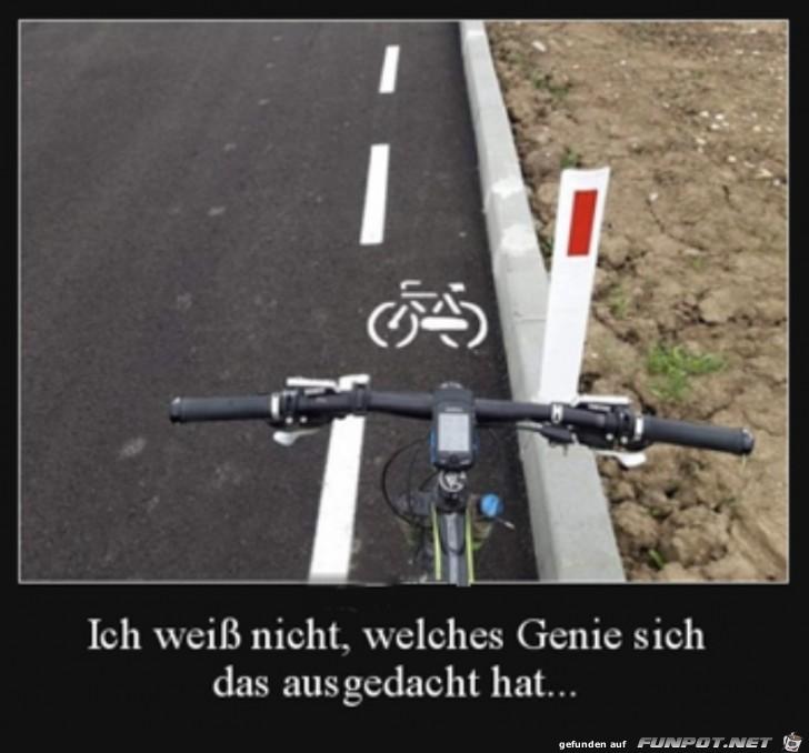 Es geht doch nichts über einen breiten Radweg