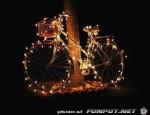 beleuchtetes-fahrrad.jpg auf www.funpot.net