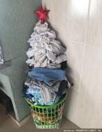 Mein-Weihnachtsbaum-steht-schon-lange.jpg auf www.funpot.net