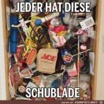 Jeder-hat-diese-Schublade.jpg auf www.funpot.net