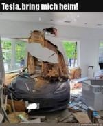 Mit-dem-Auto-ins-Wohnzimmer.jpg auf www.funpot.net