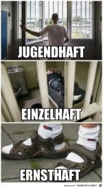 Socken-in-Sandalen-geht-gar-nicht.jpg auf www.funpot.net