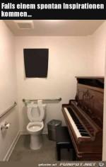 Klavier-auf-der-Toilette.jpg auf www.funpot.net