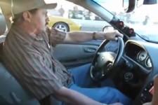 Mexikaner tritt mit Familienauto gegen Porsche 911 Turbo an