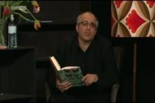 Michael Niavarani spricht über den Sinn des Lebens