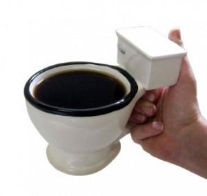 einen Klo Becher - Der Toiletten Kaffee Becher!