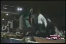 Hoppalas auf dem Laufsteg