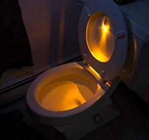 Cooles Toiletten-Licht für Stehpinkler!