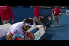die Schuld der Tennisschläger