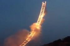 brennende Himmelsleiter