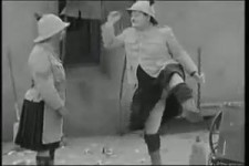 Laurel Hardy - Cleaning Dance