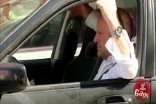 versteckte Kamera - Rentner auf der Strasse