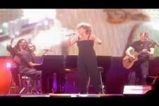 Tina Turner - Sittin On The Dock Of The Bay - LIVE