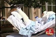 Versteckte Kamera - Krankenbett