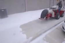 Schnee-Bläser