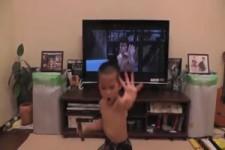 Der Kleine guckt definitiv zu viel fern