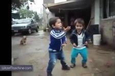 nette Clips mit Kindern