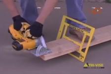 Praktische Hilfe auf der Baustelle