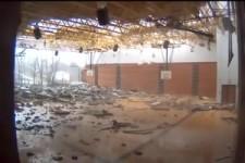 Tornado zerstört Turnhalle