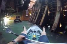 Im Schiffswrack mit dem Kajak