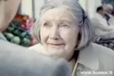 ganz gerissene Oma