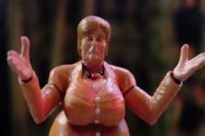 Masters of Germany Action-Figuren mit Angela Merkel
