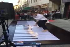 Klavier spielen mal anders