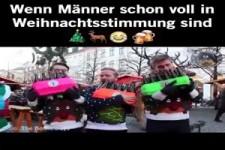 Männer in Weihnachtsstimmung