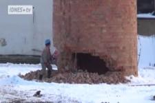 Wie wird ein Schornstein sachgemäss abgebaut