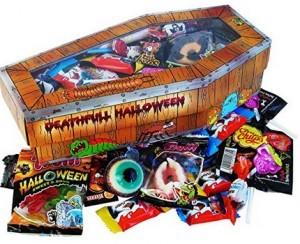 Halloween Party Sarg mit schaurigen Süßigkeiten!
