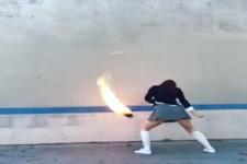 Spiel mit der Feuer-Kugel