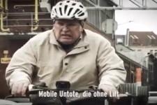 Rentner auf E-Bikes