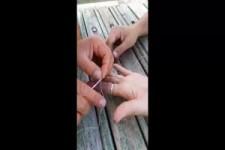 zu-engen-ring-vom-finger-lösen