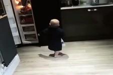 Schwer am Arbeiten der Kleine