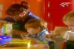 und-der-große-TetraPak-ist-für-die-Mama.mp4 auf www.funpot.net