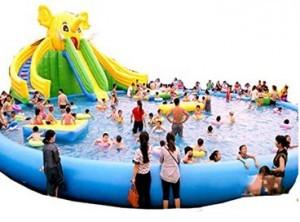 Riesiger aufblasbarer Pool!