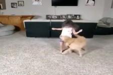 Kind und Hund sind ein tolles Team