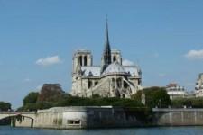 PARIS AUF DEM WASSER