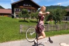 Unglaubliche Fahrradtricks